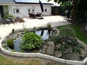 trädgårdsrabatter med sten